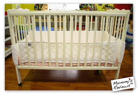 Mummy's Reviews - Airwrap Deluxe in cot